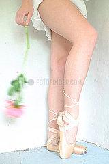 Ballerina mit Rose