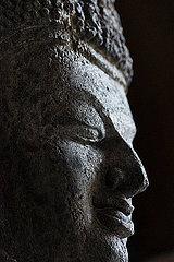 Alte Statue