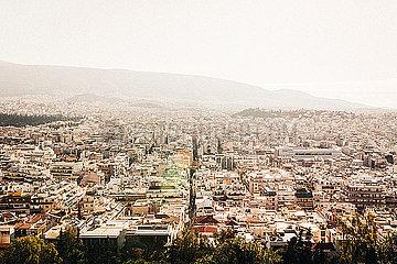 Blick auf Athen im Sonnenlicht