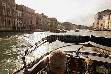 Unterwegs auf dem Kanal
