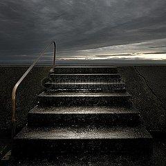 Treppe ins Nirgendwo p1137m2073138