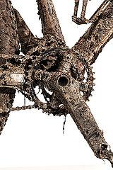 Schmutziges Mountainbike p1179m2077212