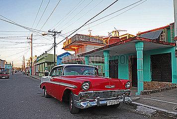 Oldtimer auf den Strassen Kubas p162m2076969