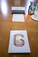Grundgesetz  Kabinett Grundgesetz  Kabinett