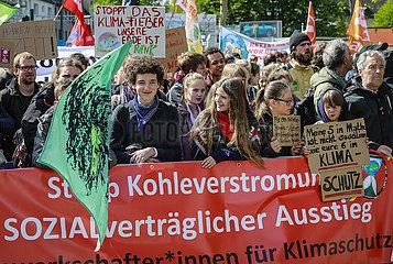 Fridays for Future Demonstration  Essen  Ruhrgebiet  Nordrhein-Westfalen  Deutschland