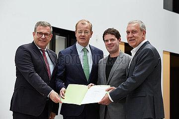 Berlin  Deutschland - Dieter Babiel  Felix Pakleppa  Bjoern Boehning und Robert Feiger.