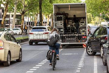 RADWEG Radfahrer Verkehr Gefahr