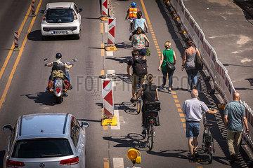 VERKEHR Verkehr Baustelle