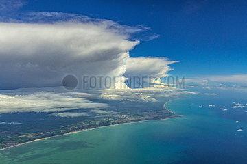 Gewitterwolken über der Adria bei Rom Gewitterwolken ueber der Adria bei Rom JOKER190512531009.jpg