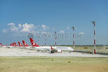 Abgestellte Boeing B737 Max der Turkish Airlines JOKER190503533013.jpg