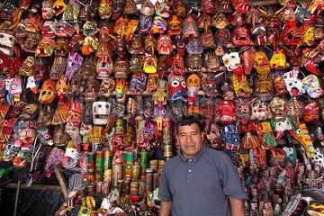 souvenirs in Quatamala city
