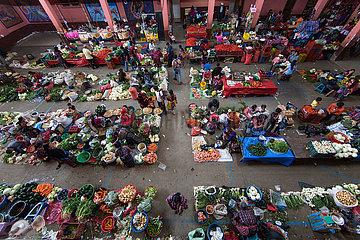 vegetable market in guatamala