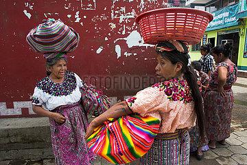 street vendors in guatamala