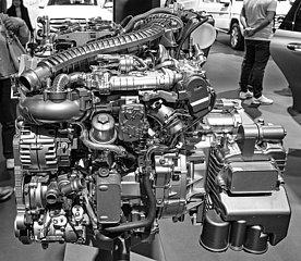 4 Zylinder Dieselmotor 8G-DCT. JGQ19050044.jpg