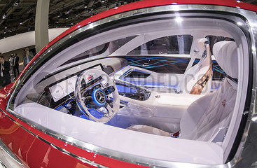 Vision Mercedes-Maybach Ultimate Luxury JGS19051312.jpg