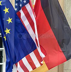 Flaggen JGS19051691.jpg