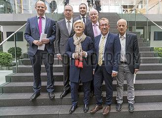 Brand + Annen + Kuenast + Kuhle + Bartke + Brunner + Straetmanns JGS19050972.jpg