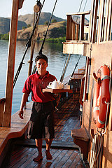 INDONESIE  CROISIERE SILOLONA