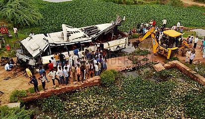 INDIA-AGRA-BUS ACCIDENT