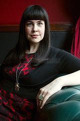 Caitlin Doughty  US-amerikanische Bestatterin und Autorin