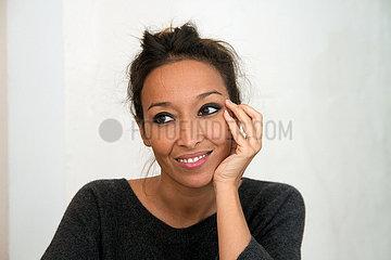 Saphia Azzeddine  franko-marokkanische Autorin  Regisseurin und Schauspielerin