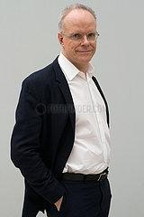 Hans-Ulrich Obrist  schweizer Kurator und Autor