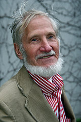 Rupert Neudeck  deutscher Journalist und Gruender von Cap Anamur