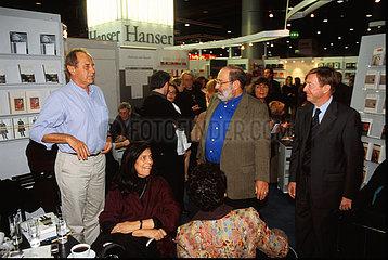 Hanser Verleger Michael Krueger mit Susan Sontag  Umberto Eco