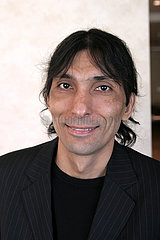 Jose Luis Arzola  kubanischer Autor