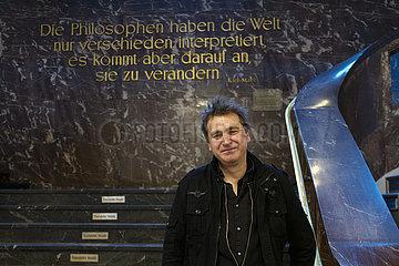 Ilko-Sascha Kowalczuk  deutscher Autor und Historiker
