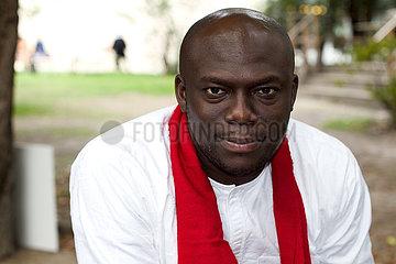 Elnathan John  nigerianischer Autor