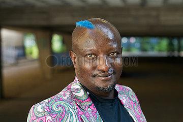 Binyavanga Wainaina  kenianischer Autor Binyavanga Wainaina  kenianischer Autor Binyavanga Wainaina  kenianischer Autor Binyavanga Wainaina  kenianischer Autor Binyavanga Wainaina  kenianischer Autor Binyavanga Wainaina  kenianischer Autor