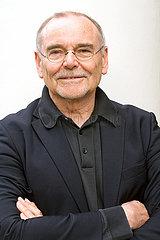 Juergen Trabant  deutscher Philosoph und Autor