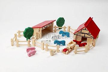 Holzspielzeug Bauernhof