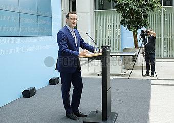 Jens Spahn - Pressekonferenz zum Thema Digitale Versorgung-Gesetz