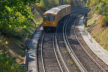 Berlin  Deutschland  Trasse der U3 mit U.Bahn