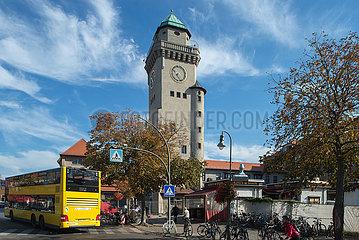 Der Casinoturm am S-Bahnhof Berlin-Frohnau