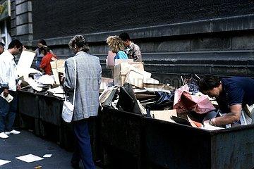 August 1990  Leipzig  das Ende der DDR