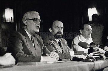 28. Mai 1990  Strausberg  Aufloesung der NVA