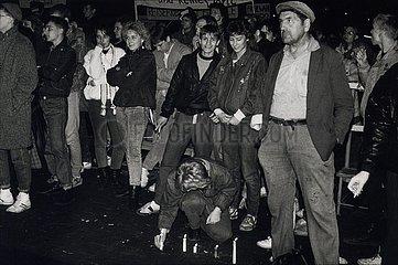 Erfurt  Demonstration und Kundgebung auf dem Domplatz  3. November 1989