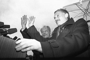 3. Maerz 1990  Erfurt  erste freie Volkskammerwahl