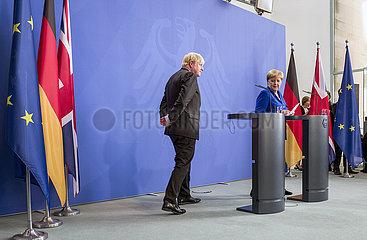 Johnson + Merkel