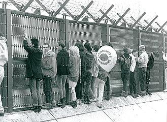 Protest gegen atomare Wiederaufarbeitungsanlage WAA  Wackersdorf  April 1989