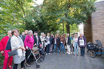 Omas gegen Rechts | Grandmas against The Far Right