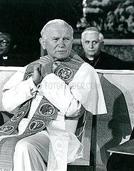 Papst Johannes Paul II.  Joseph Kardinal Ratzinger  Augsburg  1987