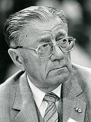 Josef Felder  SPD  Portraet  1986