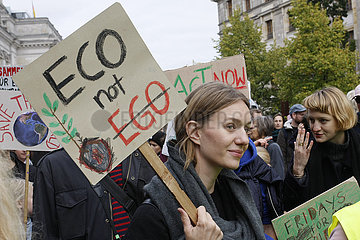 Eco not Ego. Klimastreik Demonstration in Berlin
