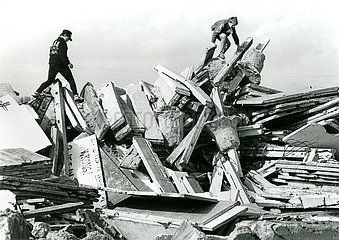 Abriss der Berliner Mauer  1992