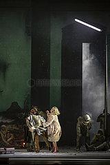 Staatsoper Berlin VIOLETTER SCHNEE
