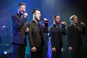 Tipi Berlin THE 12 TENORS - BEST OF-TOUR